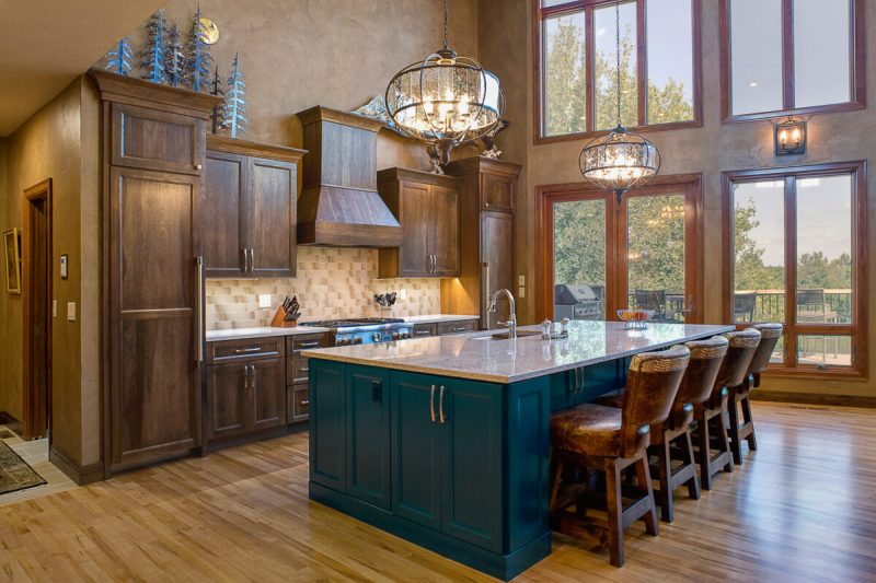 Lodge-Inspired-Edgewater-kitchen-cabinet-view-1